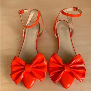 Orange pattern leather bow flats